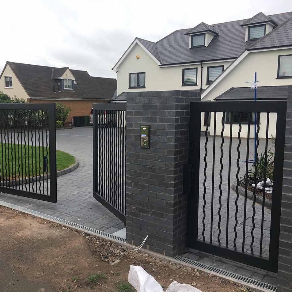 Bespoke Contemporary Gates Amp Railings For A Modern House